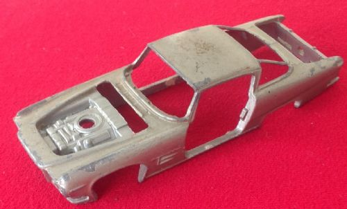 Corgi #241 - Original - Ghia L. 6.4 - Body Shell ( Silver )